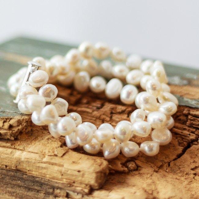 Triple strand pearl bracelet - small
